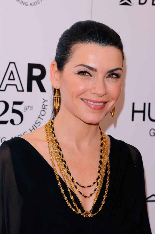 julianna margulies scrubs