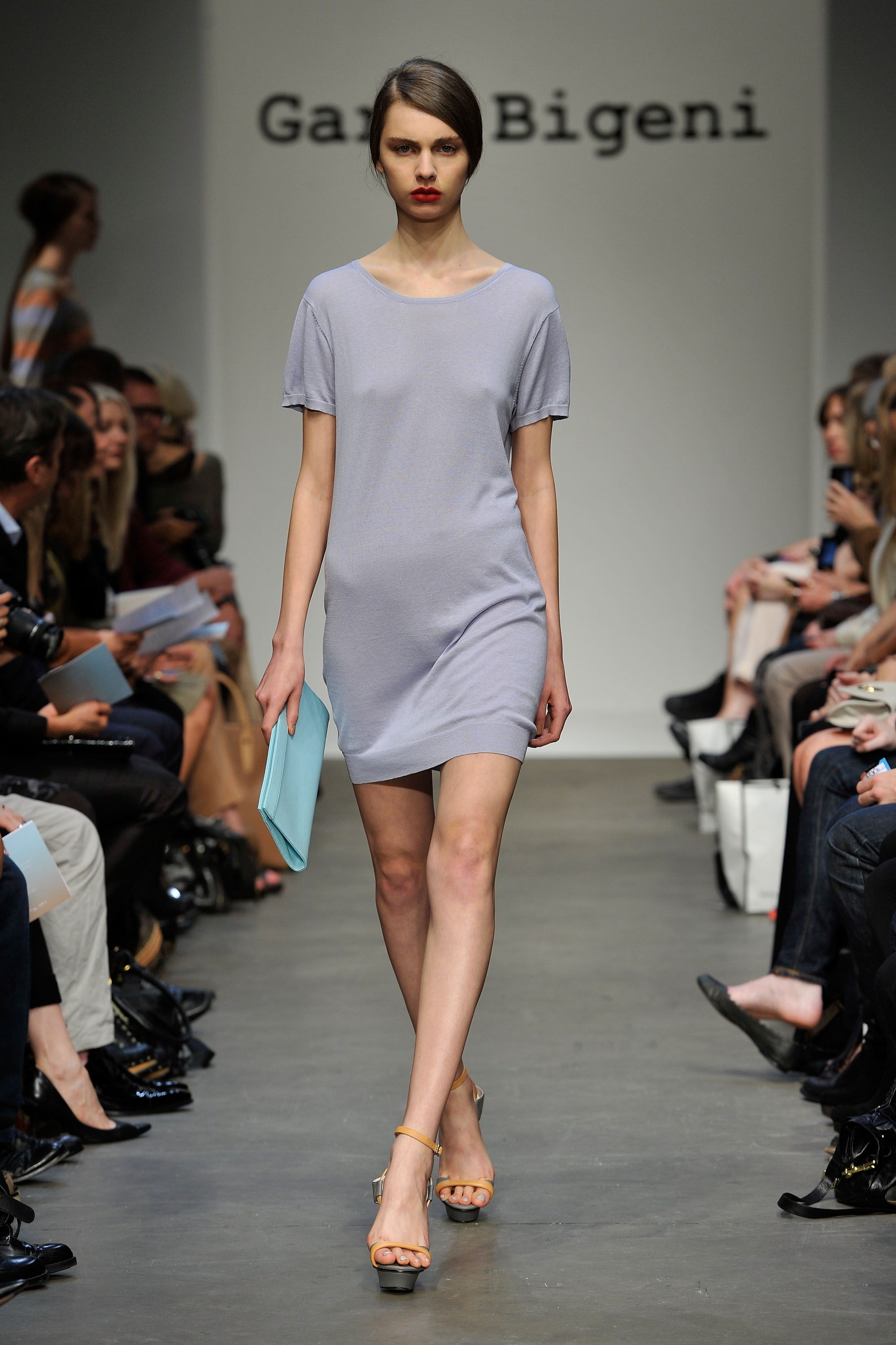 Runway Review And Pictures Of Gary Bigeni Spring Summer