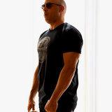 """Vin Diesel invia unimmagine del suo six Pack, dice che """"Shaming del corpo è sempre sbagliato"""""""
