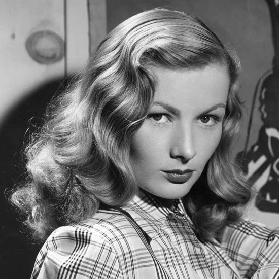 The Secret To Getting Good Veronica Lake Hot Roller Waves