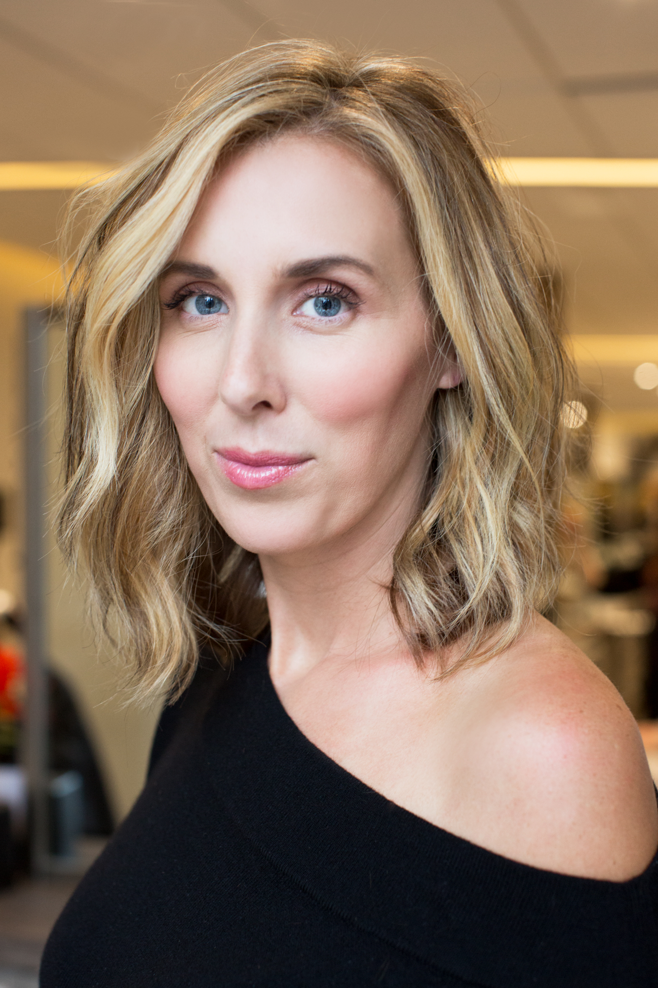 Best Mom Haircuts : haircuts, Haircut':, Short,, Stylish, Maintain