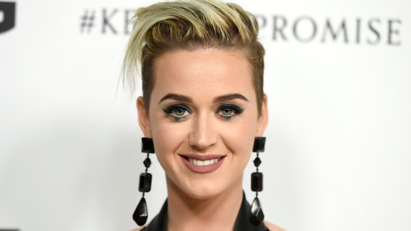 20 Katy Perrys New Haircut 2017 Pictures And Ideas On Carver Museum