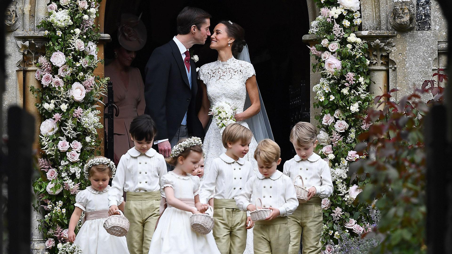 Pippa Middleton wedding Kate Middletons sister marries