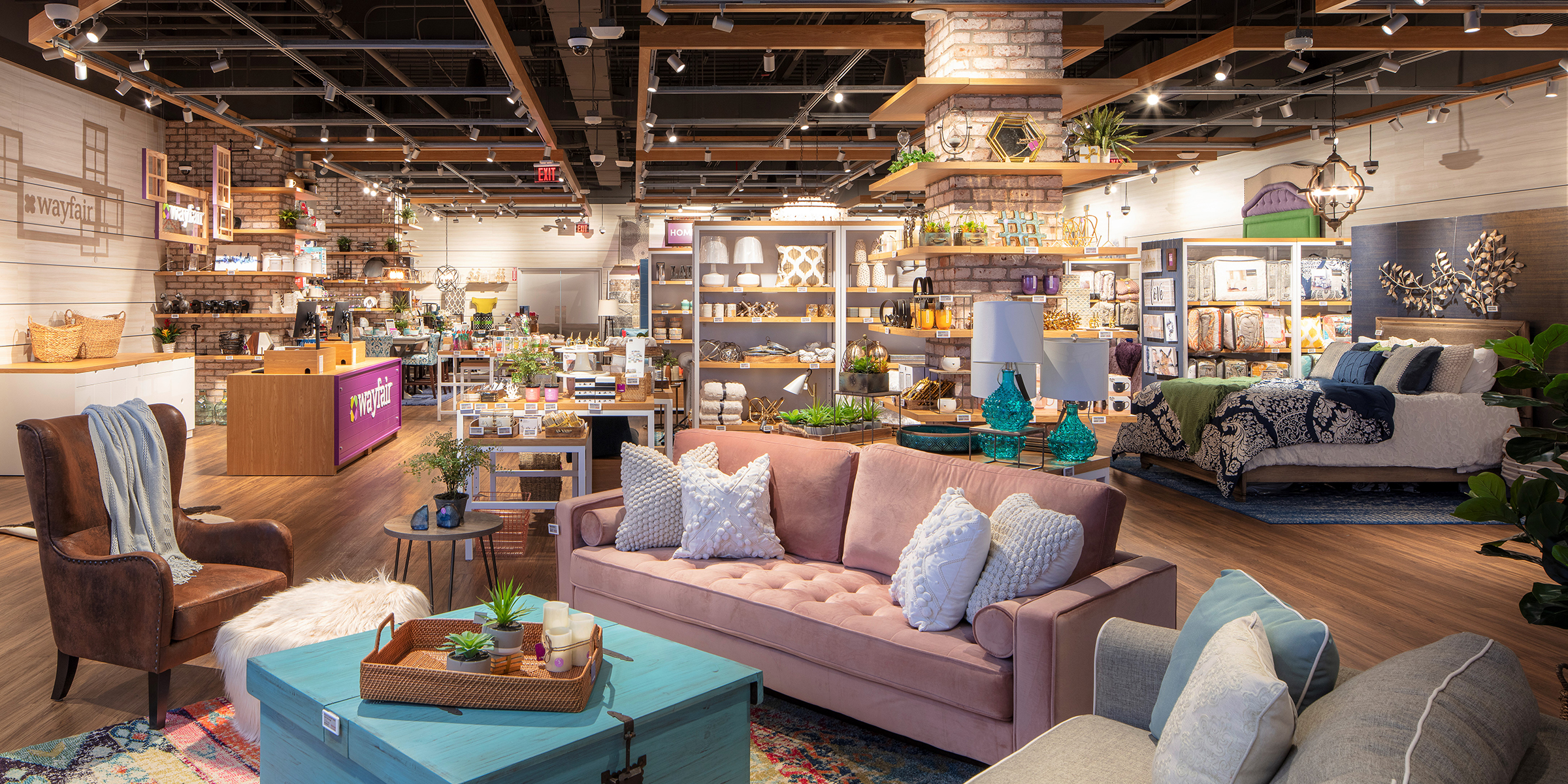 wayfair just opened its first store in natick massachusetts