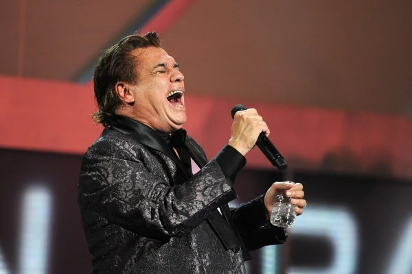 Image: US-MEXICO-MUSIC-JUAN GABRIEL-HEALTH-FILE
