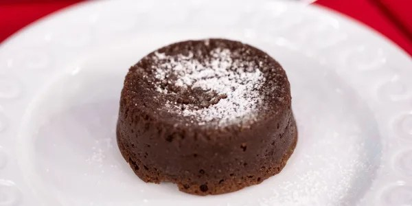 Easy Flourless Chocolate Cakes