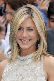 jennifer aniston's hairstyles &