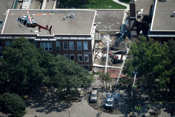 Image: Emergency workers respond to an explosion at Minnehaha Academy in Minneapolis