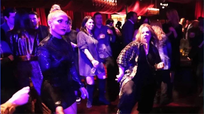 Jennifer Lopez and Melissa McCarthy cant stop laughing