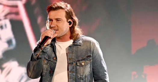 Country music star Morgan Wallen caught on video using N ...