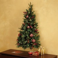 Christmas decorations: Artificial Christmas trees that are ...