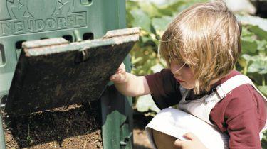 Kompost aufbringen  bauemotionde