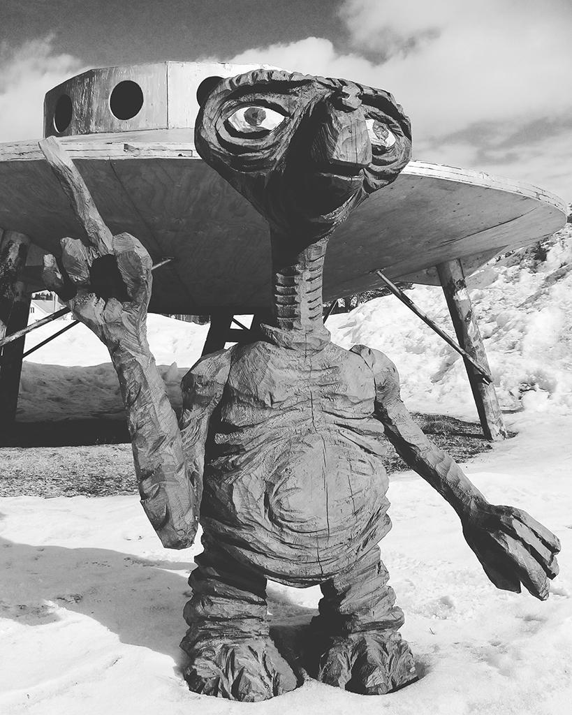 Ufo, ...