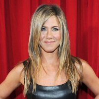 Jennifer Aniston's Hair and Makeup Stole the Show at the People's Choice Awards