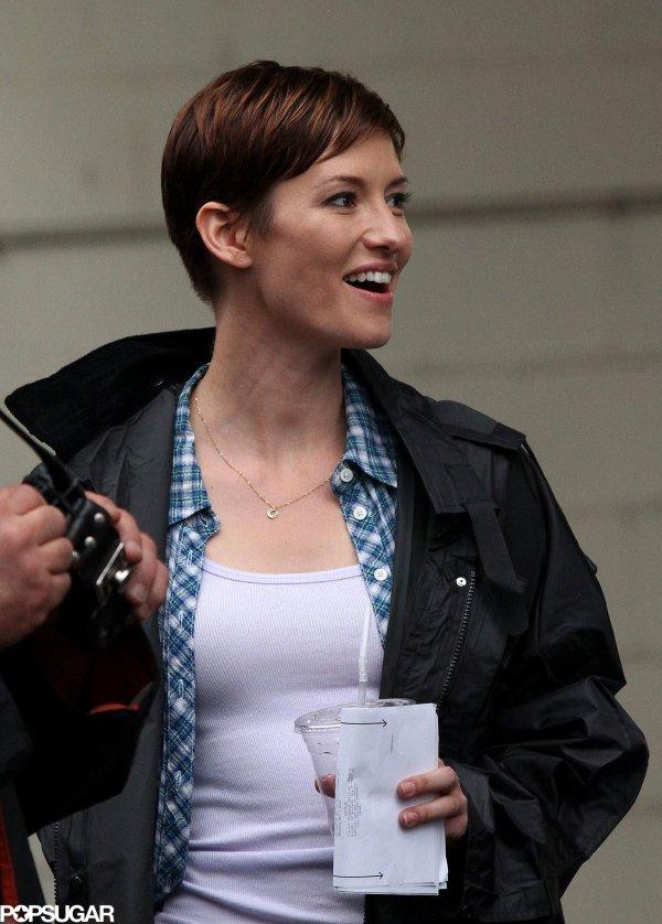 Grey' Anatomy Star Chyler Leigh Worked Pilot Titled Naomi Watts Kristen Wiig