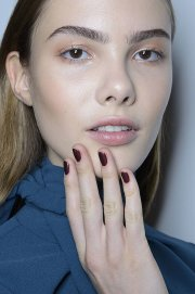 nail trends fashion week autumn