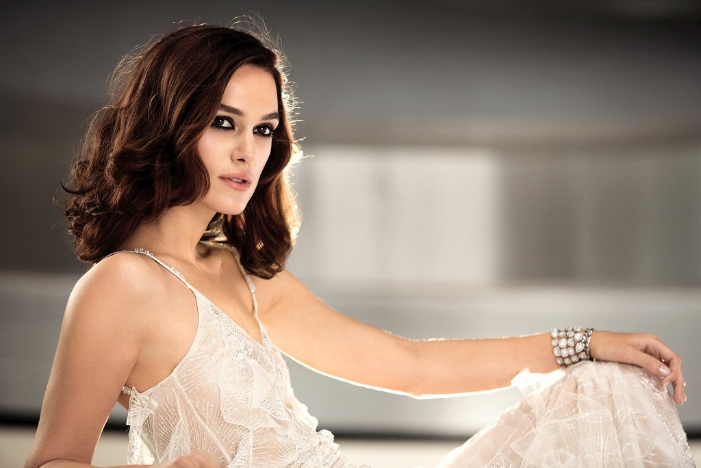Keira Knightley Coco Mademoiselle Ads