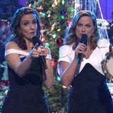 Tina stramba e Amy Poehler hanno debuttato appena la vostra nuova canzone favorita di Natale su SNL