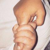 Kim Kardashian divide una foto preziosa del Nord e del san del bambino
