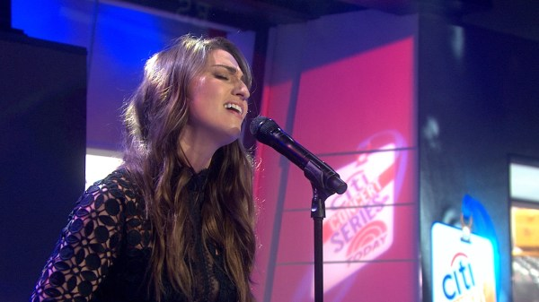 Sara Bareilles serves up a treat for the TODAY concert