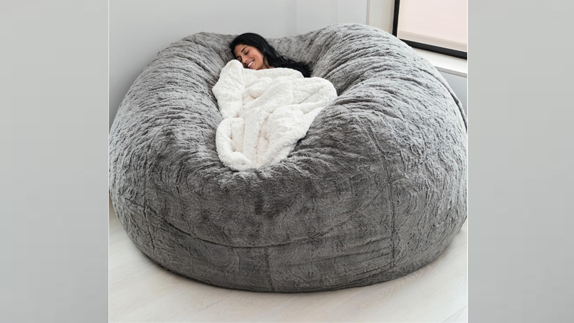 Love Sac Bean Bag Chair The Lovesac Pillow And Other Comfy Chairs To Try This Winter
