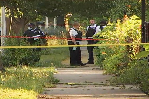 4 dead, 4 wounded in mass shooting on Chicago's Southside 2