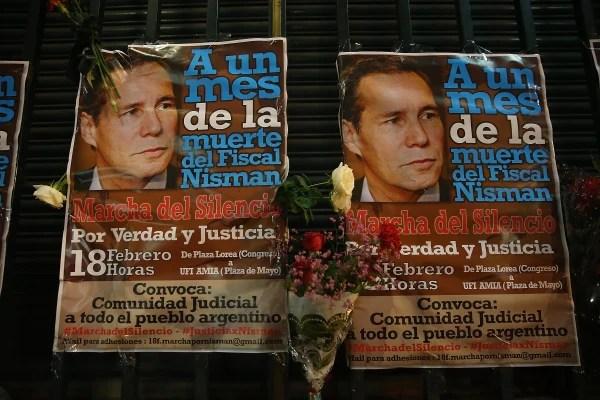 Protesta silenciosa celebrada en Buenos Aires Un Mes Después Misteriosa Muerte de Fiscal