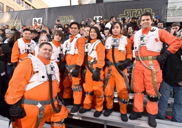 "Image: Fans wait for world premiere of ""Star Wars: The Force Awakens"""