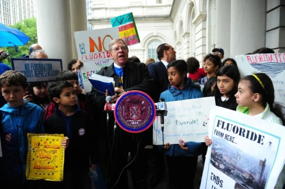 Image: Opposition To Fluoridation Of NYC Water