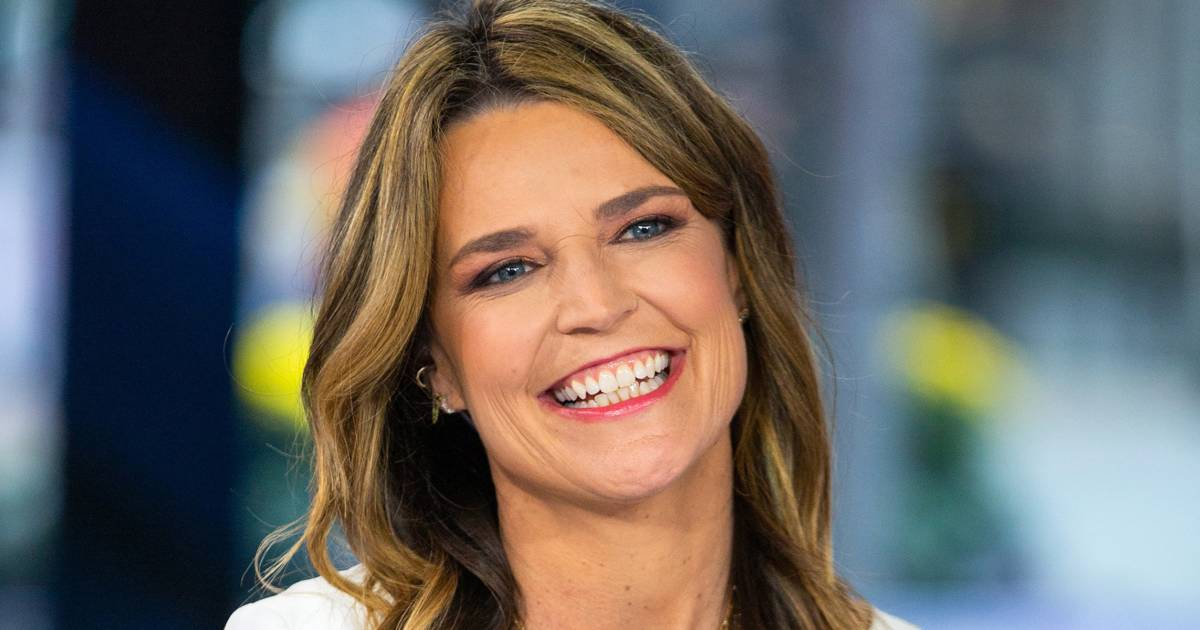 Savannah Guthrie wears two hoops in one ear inspired by