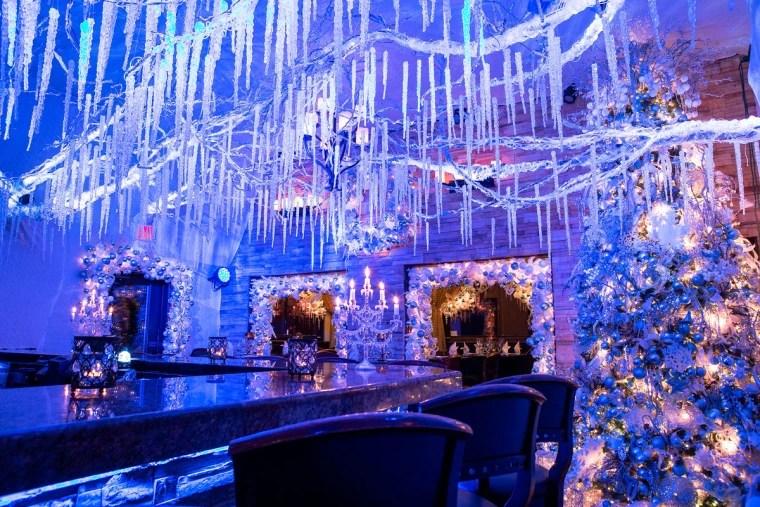 cava restaurant s holiday