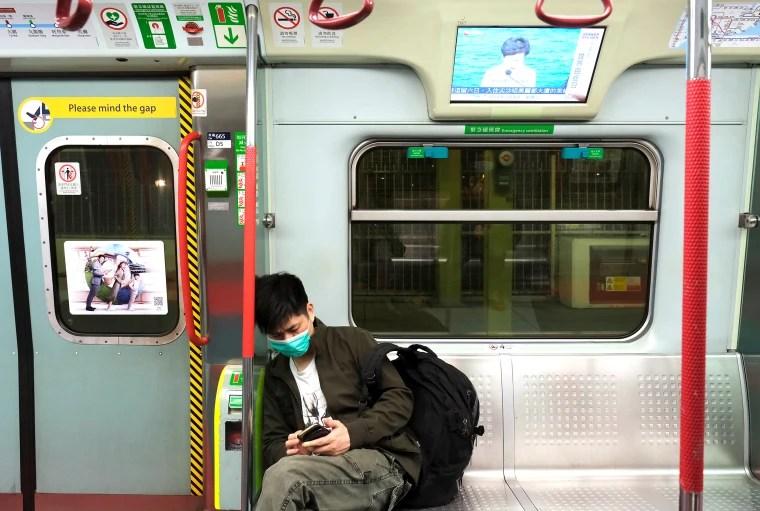 Chinese turn to virus tracker apps to avoid infected neighborhoods