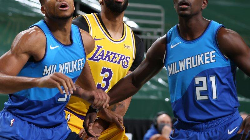 LeBron porte les Lakers, les Knicks roulent sur Les Warriors et de 7 pour les Jazz de l'Utah