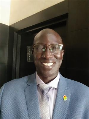 Le Pr Abdou Niang nommé Président de la commission Dialyse de la société Internationale de Néphrologie