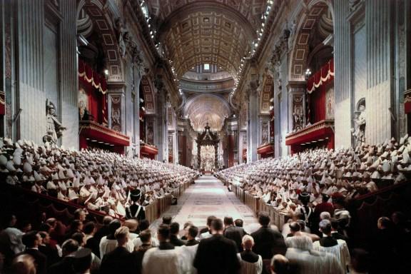 https://wmasscatholicvoices.files.wordpress.com/2014/04/vatican-2.jpg
