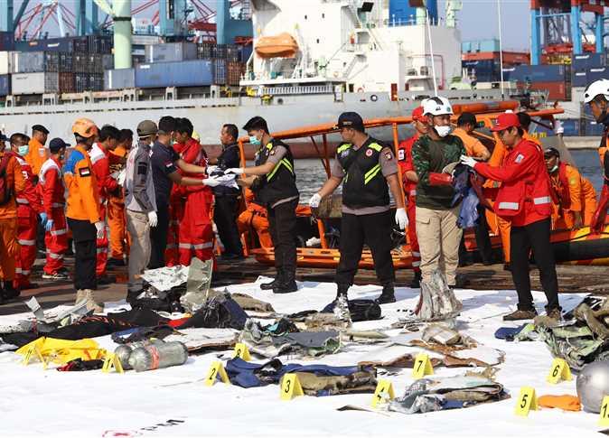 تفاصيل رحلة الـ 13 دقيقة قبل تحطم الطائرة الإندونيسية (صور وفيديو)   المصري  اليوم