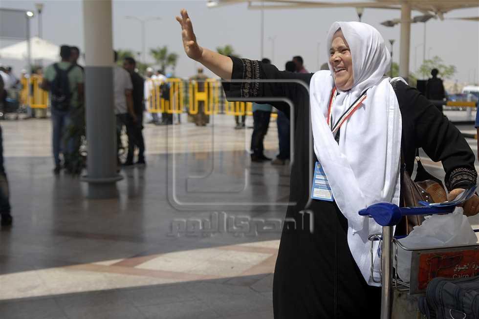 القنصلية المصرية بجدة تنشئ غرفة عمليات لمتابعة موسم الحج رقم هاتف