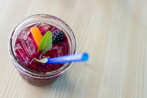 Media Bakery ID: FAN0079679 Fruity drink in mason jar with blue straw