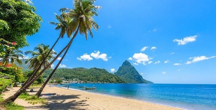 Honeymoon Guide - beach in St. Lucia