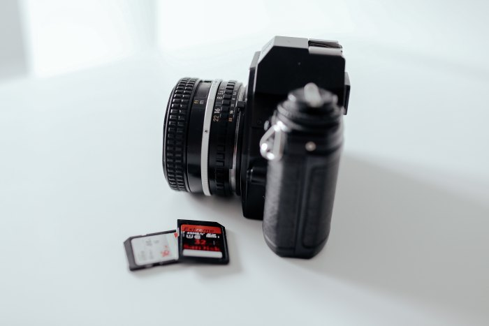 2018 gift guide for photographers: SD card for photographers