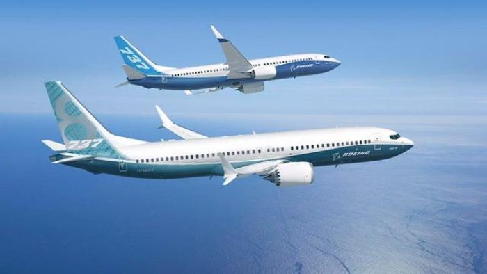 Two Boeing 737 airplanes flying near each other
