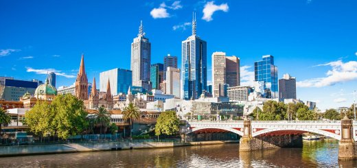 Skyline photo of Melbourne, Australia