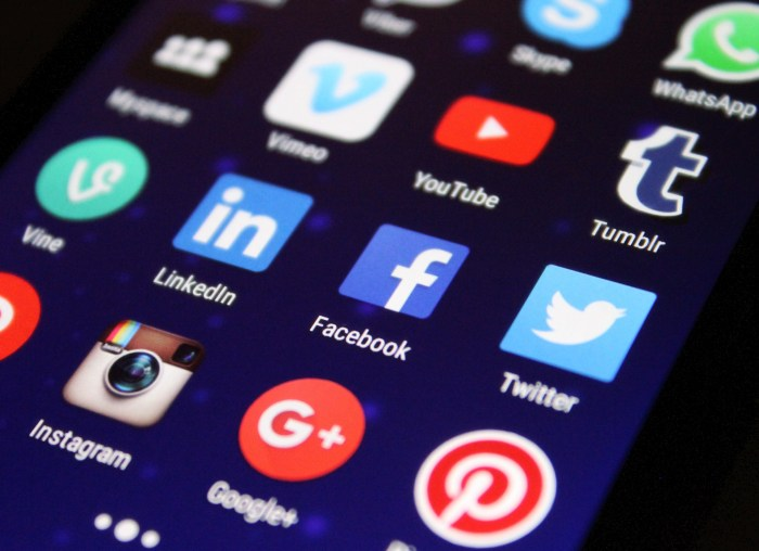 Social media icons on smartphone screen