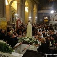 65-64-Rientro della fiaccolata in Basilica di Sant Elena, Araldi del Vangelo-002