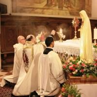 Messa solenne e incoronazione della statua della Madonna di Fatima