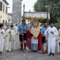 05-Corpus Domini ad Oriago di Mira. - Araldi del Vangelo.-004