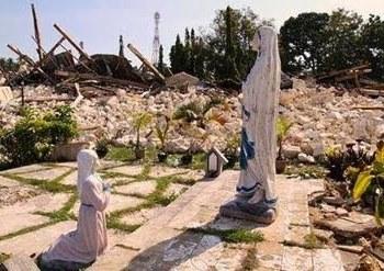 Imagem de Nossa Senhora de Lourdes incólume - Tufão nas Filipinas - Novembro de 2013
