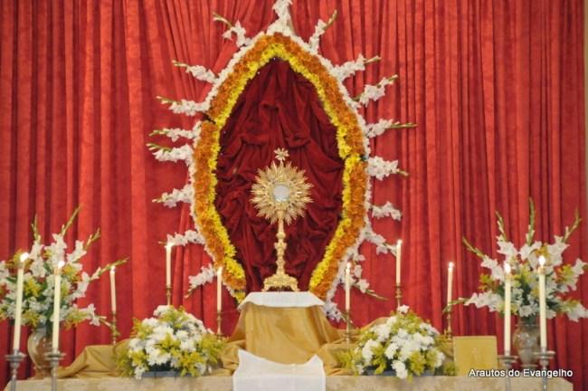 Ostensório na sede dos Arautos do Evangelho em Recife