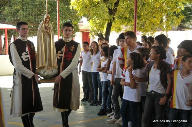 Projeto Futuro e Vida no Colégio Guararapes, em Jaboatão dos Guararapes - PE