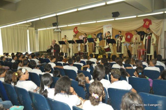 Projeto Futuro e Vida no Liceu de Artes e Ofícios de Pernambuco. (a foto é tirada no auditório da Universiade Católica de Pernambuco)